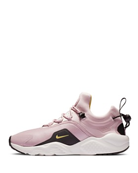 Nike - Women's Air Huarache City Move Low Top Sneakers