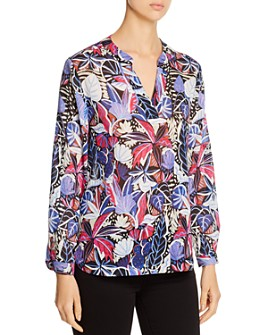 Tommy Bahama - Printed V-Neck Top