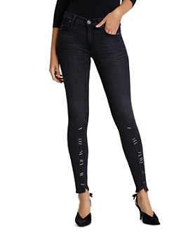 Hudson - Nico Mid Rise Super Skinny Jeans in Undercover
