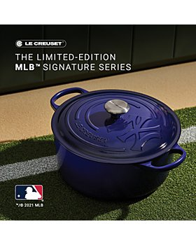 Le Creuset - New York Yankees™ Round Dutch Oven