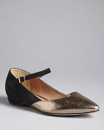 Pour La Victoire - Pointed Toe Flats - Bonet