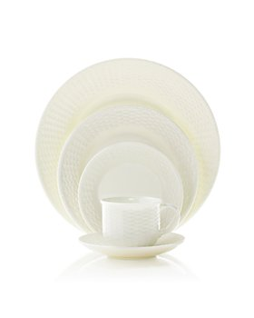 "Wedgwood - Wedgwood ""Nantucket Basket"" Dinnerware"