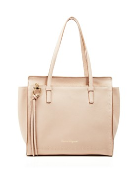Salvatore Ferragamo - Medium Amy Shoulder Bag