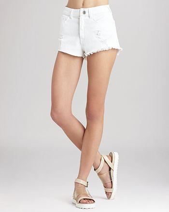 BCBGENERATION - Shorts - High Waist Frayed Hem in Destroyed White