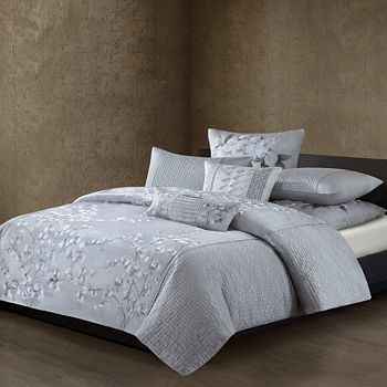 Natori - White Orchid Quilted Duvet Cover, King