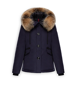 High-performance outerwear is intrinsic to Moncler\\\'s Dna and the Malus parka is a fine example. The exceptionally warm goose down insulation and luxurious fox fur make this topper a true winter essential. Brand Story Featherweight silhouettes and impeccable quilting are a slopes-and-streets staple from the French brand, boasting an Italian flair. As at home in high altitudes as it is with the jet set, Moncler has reached the summit in style for over six decades. With designs artfully stuffed wit