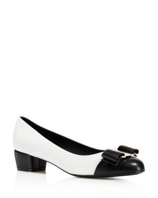 Ivrea Ct Napa Leather Vara Bow Pumps, Nero, White/ Black