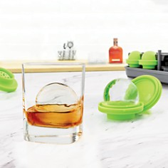 Tovolo - Sphere Clear Ice System Set of 4