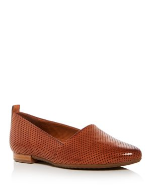 WOMEN'S PERRY PERFORATED LEATHER FLATS