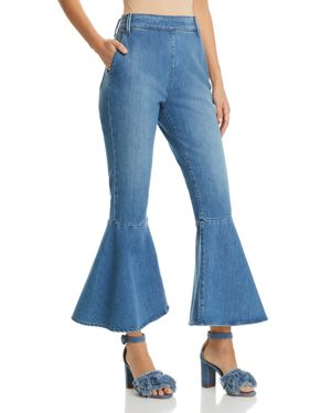 Frame Flounce Cropped Flared Jeans in Copeland