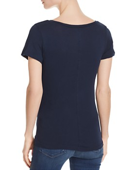CHASER - Seamed V-Neck Tee