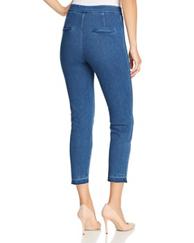Lyssé - High-Rise Cropped Cigarette Jeans in Mid Wash