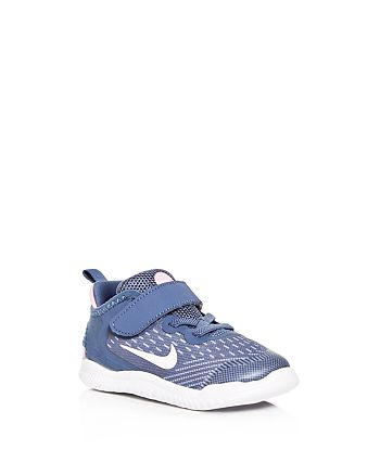 online retailer 13fb7 4d96e Nike Boys' Free Run 2018 Sneakers - Walker, Toddler ...