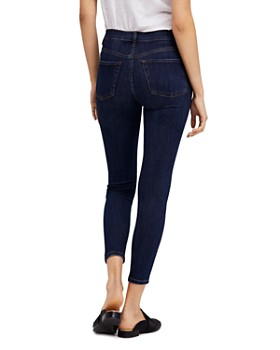 Free People - Busted Skinny Jeans in Dark Blue