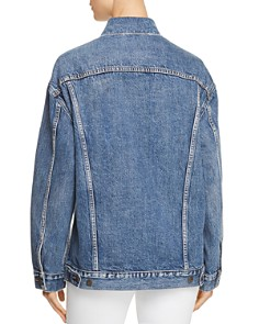 Levi's - Baggy Trucker Denim Jacket in Bust A Move