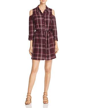 VELVET HEART Jaspen Plaid Cold-Shoulder Shirt Dress in Burgundy Plais