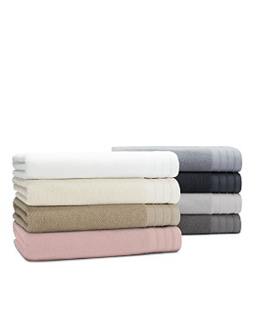 UGG® - Classic Luxe Hand Towel