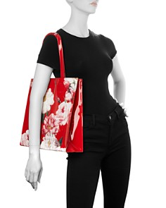 Ted Baker - Iziecon Iguazu Large Floral Tote