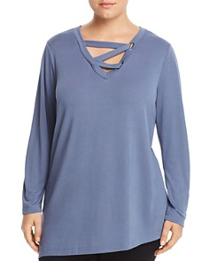 Love Scarlett Plus - Lace-Up V-Neck Top - 100% Exclusive