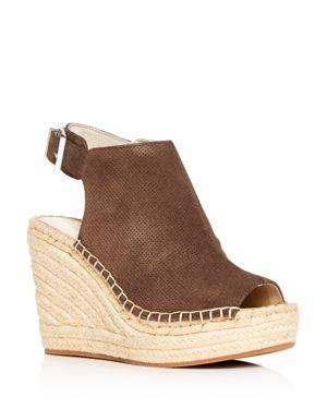 Women'S Olivia Perforated Platform Wedge Espadrille Sandals in Dark Taupe
