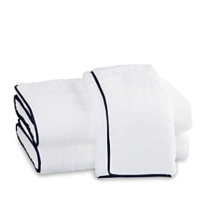 Matouk Cairo Fingertip Towel In White/navy