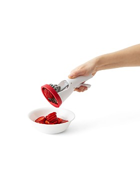 Chefn - Strawberry Slicester Hand-Held Slicer