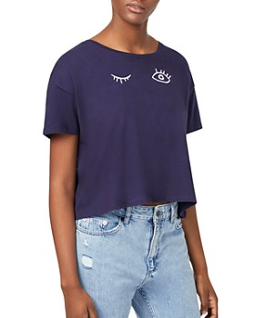 FRENCH CONNECTION - Wink Graphic Cropped Tee