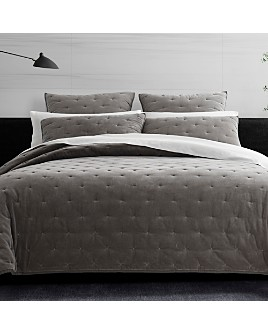Vera Wang - Velvet Quilted Collection