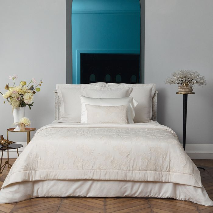 Yves Delorme - Divine Bedding Collection