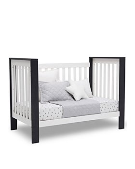 Bloomingdale's - Chandler 4-in-1 Convertible Crib