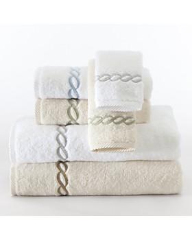 """Matouk - """"Classic Chain"""" Hand Towel"""