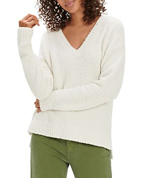 UGG® - Cecilia V-Neck Pullover Sweater