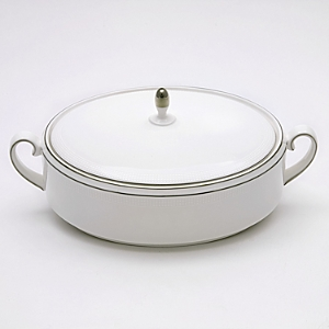 vera wang vera wang wedgwood blanc sur blanc covered vegetable bowl