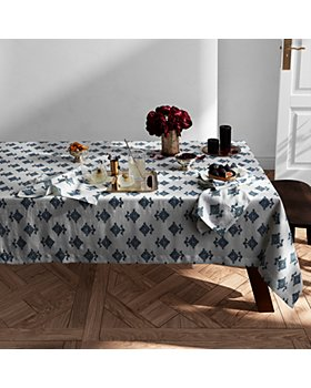 Matouk - Rubia Table Collection