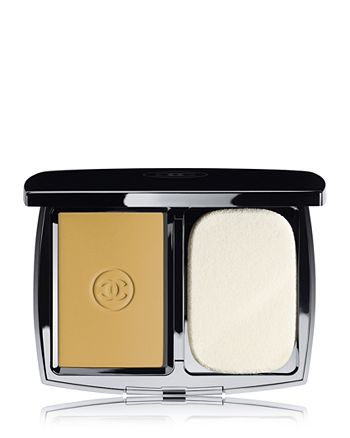 CHANEL - DOUBLE PERFECTION LUMIERE Long-Wear Flawless Sunscreen Powder Makeup