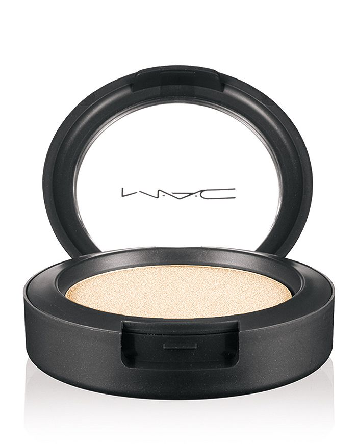 M·A·C - Cream Color Base