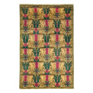 Suzani Collection Oriental Rug, 4'3 x 6'7