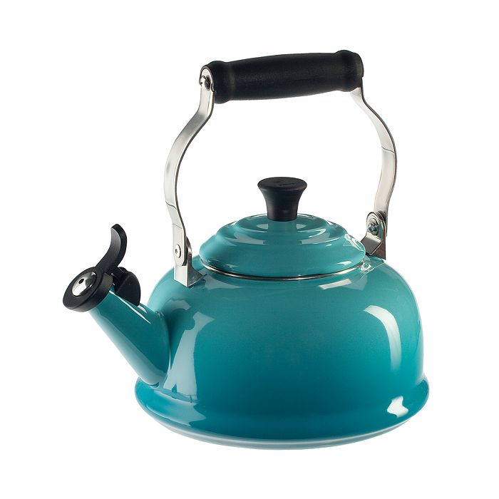 Le Creuset - 1.8-Quart Whistling Kettle
