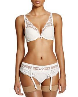 Simone Perele - Wish Triangle Contour Bra, Thong & Suspender Belt