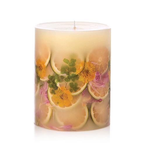 "Rosy Rings - Lemon Blossum and Lychee 6.5"" Candle"