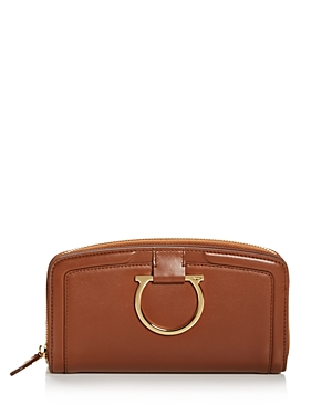 Salvatore Ferragamo Gancio Saddle Zip Wallet