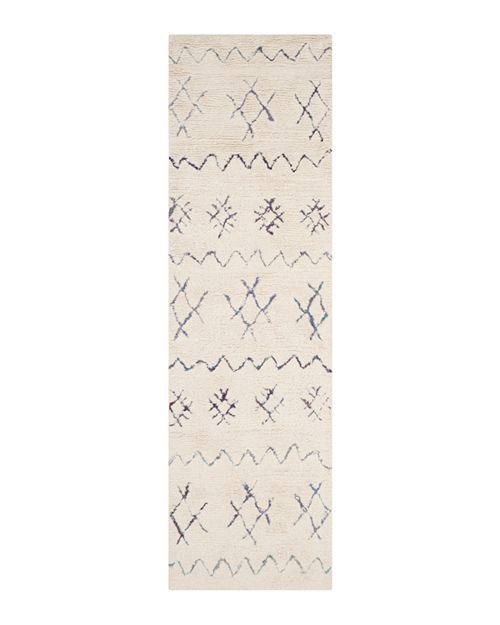 "SAFAVIEH - Casablanca Collection Runner Rug, 2'3"" x 8'"