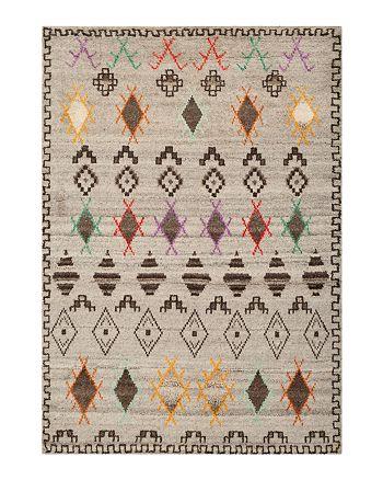 SAFAVIEH - Kenya Collection Area Rug, 5' x 8'