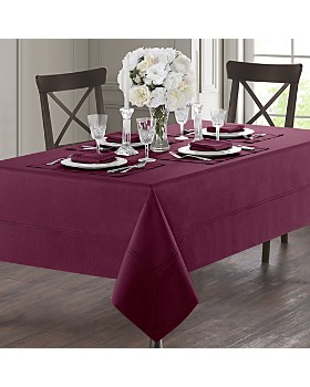 """Waterford - Corra Tablecloth, 70"""" x 126"""""""