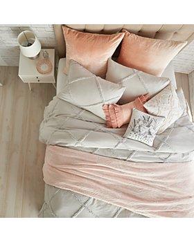 Peri Home - Peri Home Chenille Lattice Bedding Collection