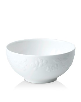 Wedgwood - Wild Strawberry White Soup/Cereal Bowl