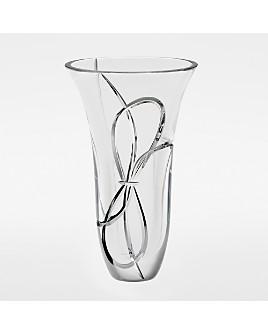 "Wedgwood -  ""Love Knots"" Vase, 10"""