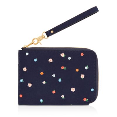 Field Day Getaway Travel Clutch by Ban.Do