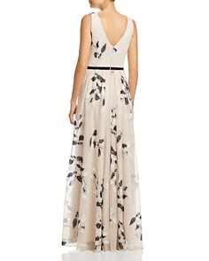 Laundry by Shelli Segal - Shirred Sleeveless Gown