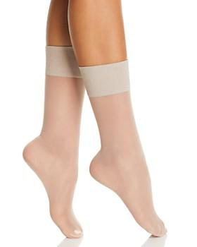 HUE - Metallic Band Sheer Anklet Socks